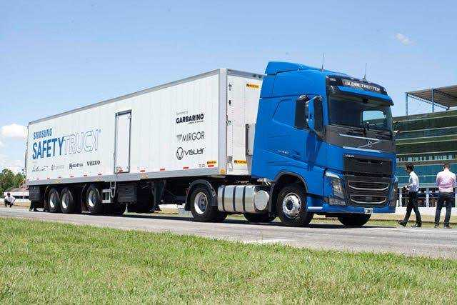 Samsung presenta en Argentina el primer Samsung Safety Truck