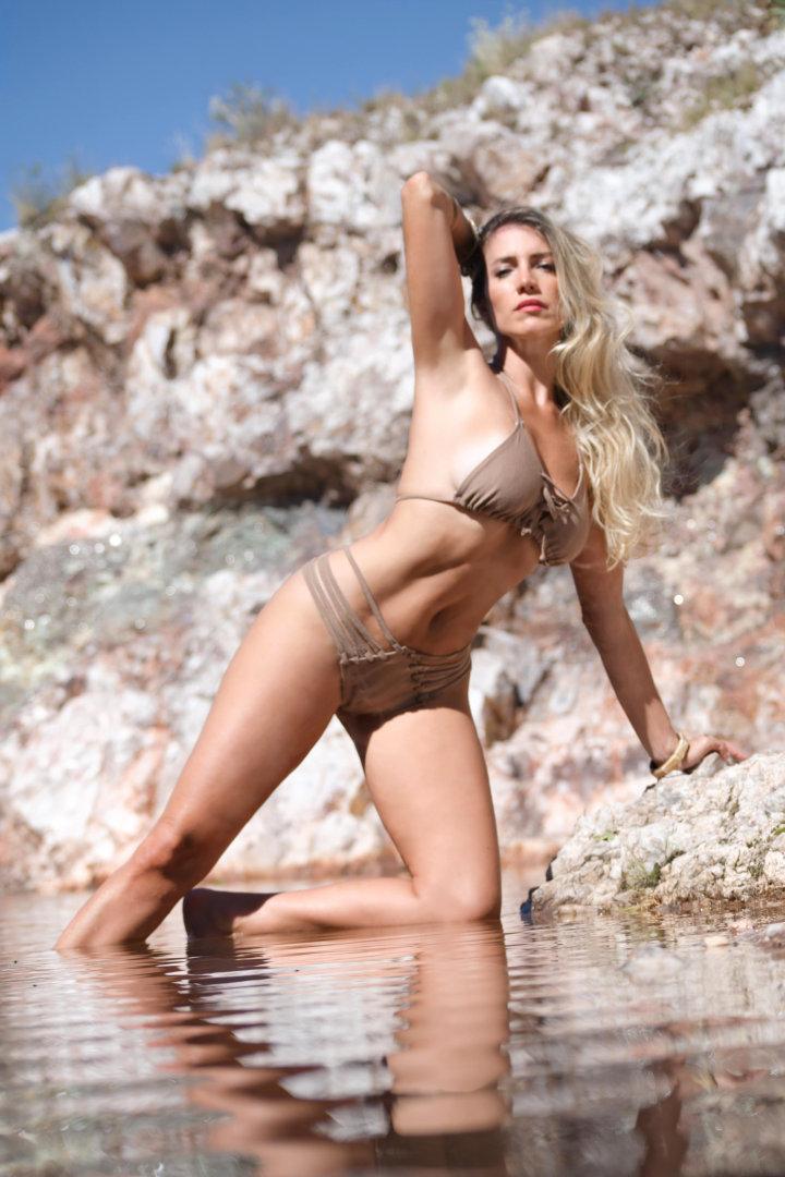Melina Camm - MODELO Y ACTRIZ ARGENTINA